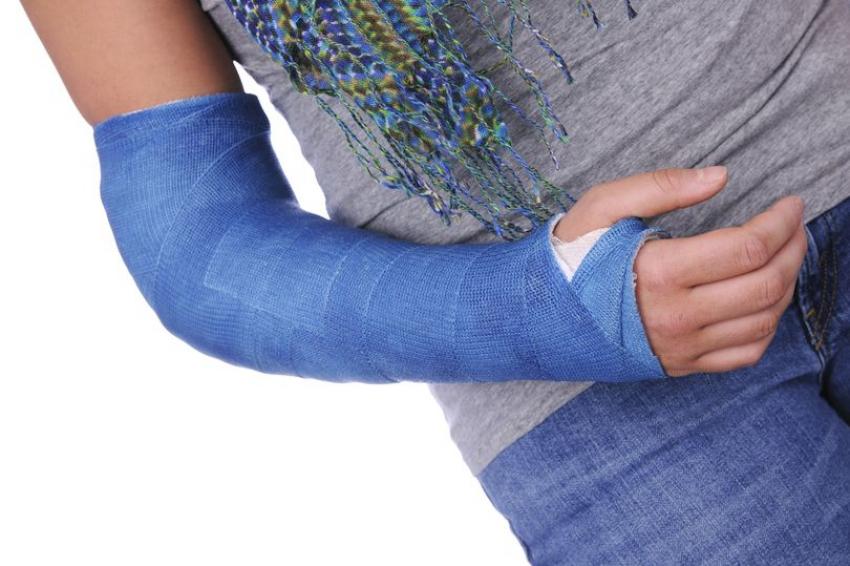 Ученые разработали уникальную повязку для лечения переломов