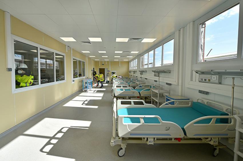 Построенная за месяц больница в Новой Москве начала принимать пациентов