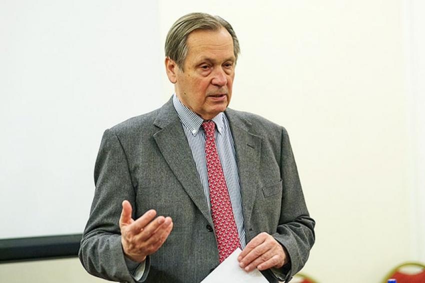 Главный пульмонолог России рассказал о коронавирусе